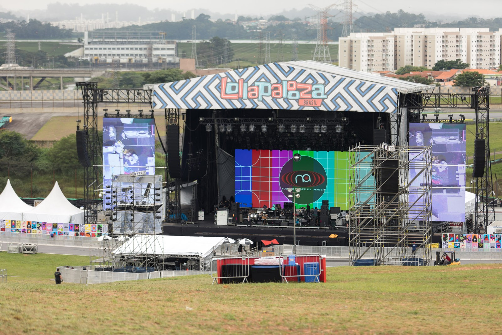 Lollapalooza 2018: Preparativos finais do festival no Autódromo de Interlagos