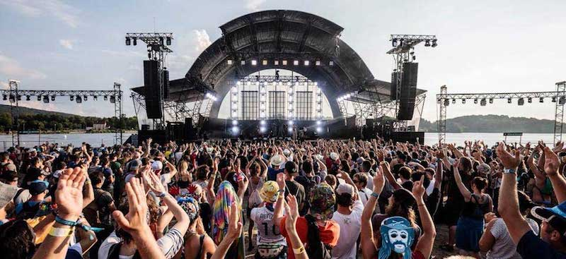 <div>French government seeks to charge Festivals for Police presence</div>