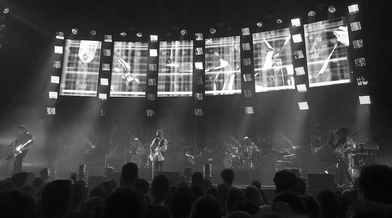 <div>Radiohead demand answers for fatal stage collapse.</div>