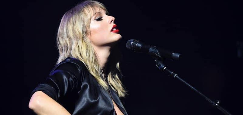 <div>Taylor Swift announces 2020 Tour.</div>